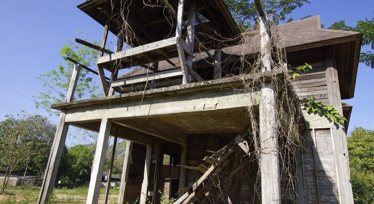 Builders Buying Abandoned Houses in South Tampa