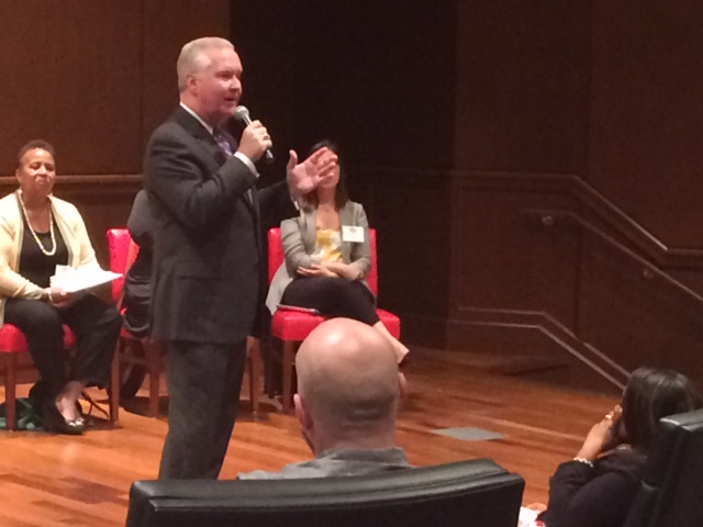 Hearing from the Mayor Buckhorn and Meeting City Staff – Mayor's Neighborhood University – Session 2 – #MNU9